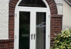 smei-circular porch