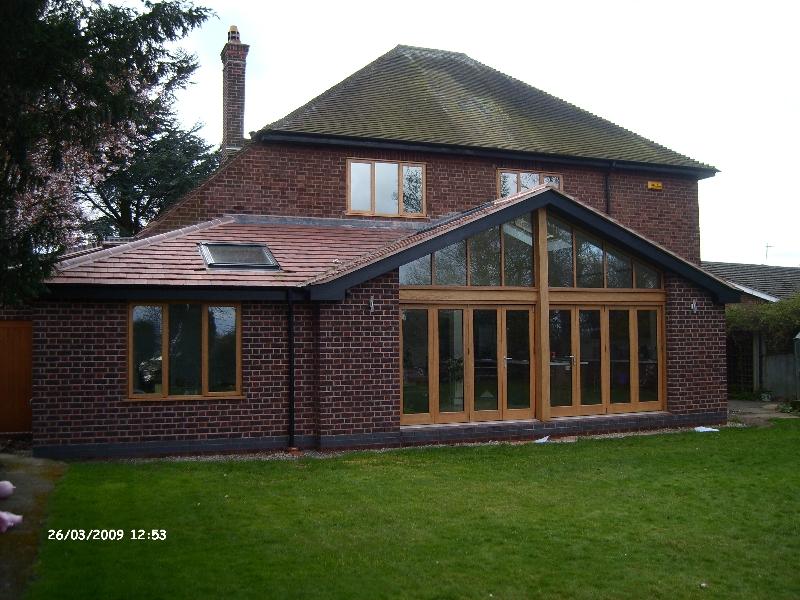 bi-fold-doors-staffordshire