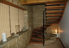 Bespoke-Joinery-Staircases-600x400