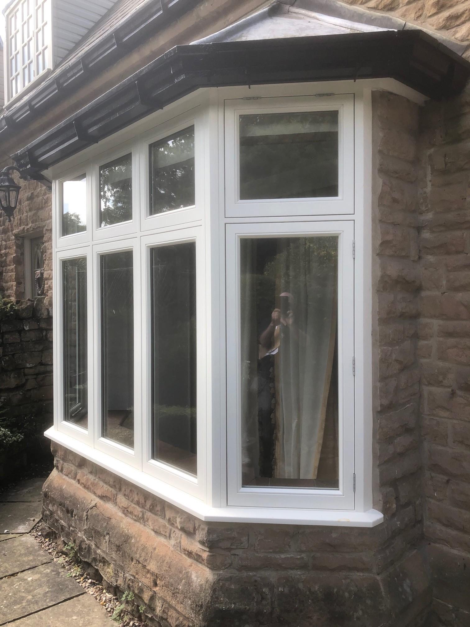 bay-windows-leichester
