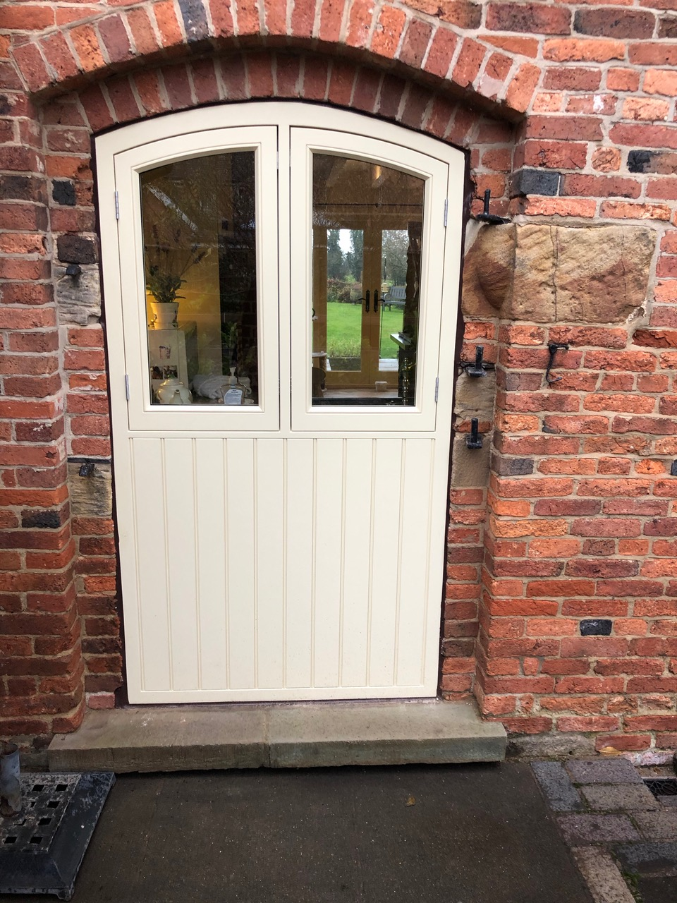 bespoke-door-filler-with-window