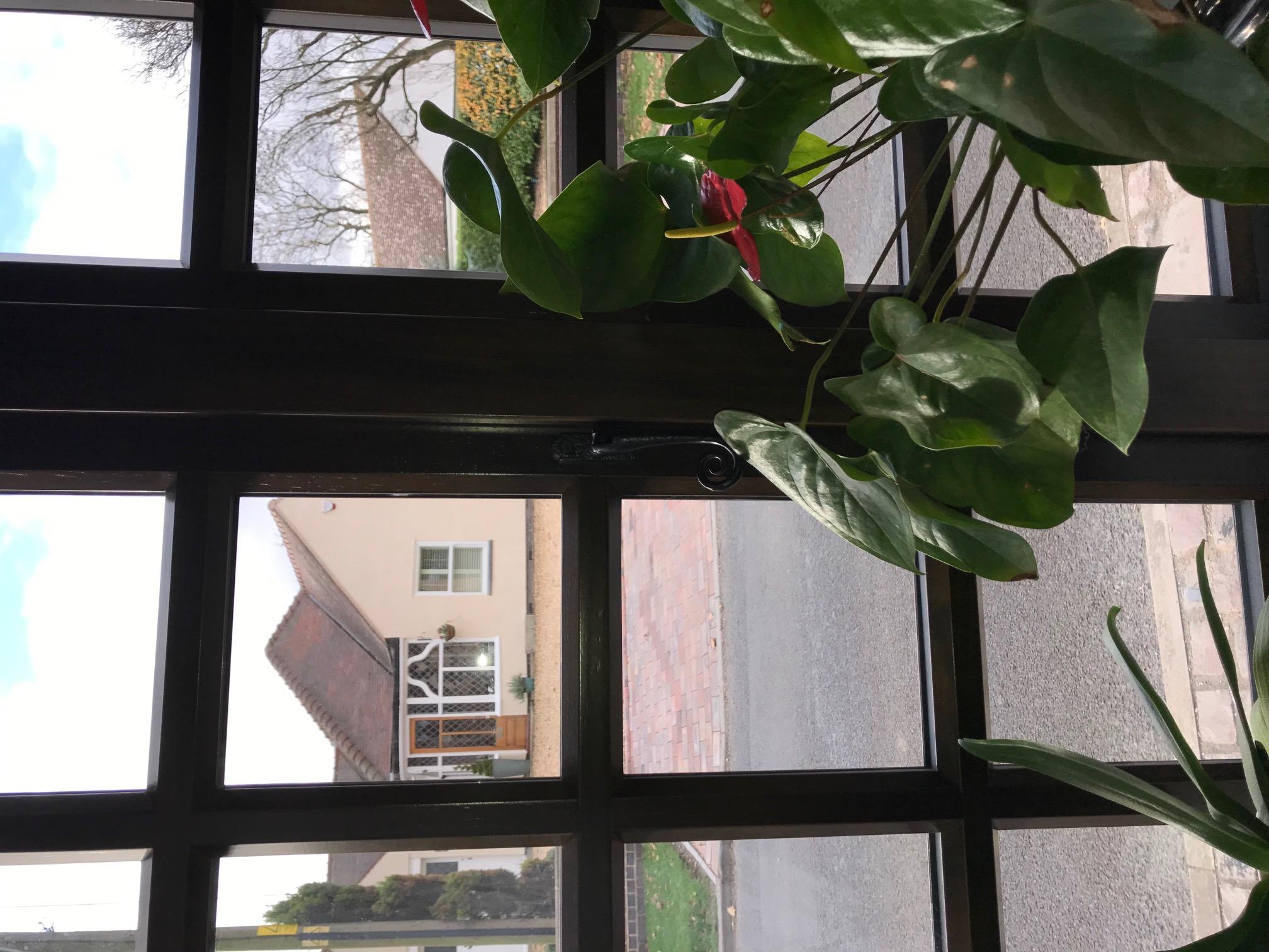 ironmongery-windows